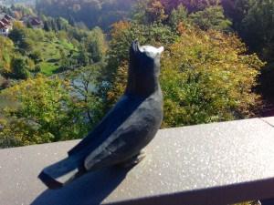 Die Brücke hat einen Vogel – bzw. ganz viele!